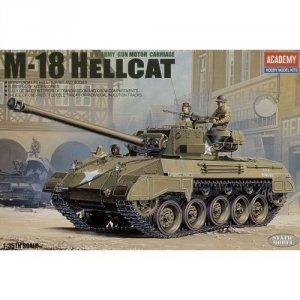 Academy U.S. Army M18 Hellcat