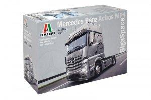 Italeri Mercedes Benz Actros MP4 Gigaspace