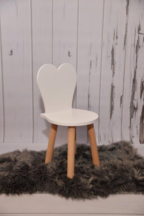 Komplet stoliczek biały i krzesełko serduszko siwe