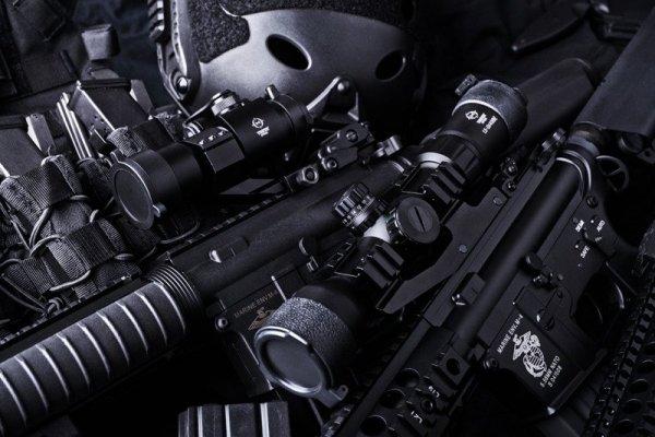 Theta - Replika kolimatora Battle - czarny