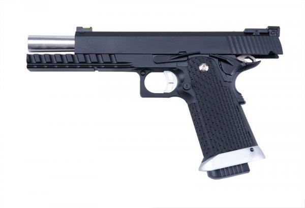 Replika pistoletu KP06