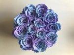 Box błękitny owalny błękitne cieniowane wieczne róze