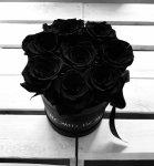 Czarne żywe WIECZNE róże w małym czarnym boxie
