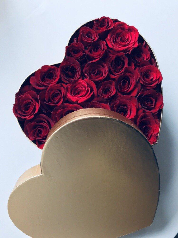DUŻY Box serce róże świeże, żywe