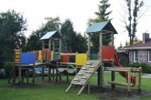 Drewniany plac zabaw 4