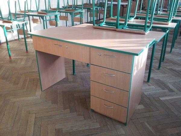 biurko szkolne, biurko dla nauczyciela, biurko, biurko do sali, biurko do szkoły, biurko solidne, tanie biurko, biurko z certyfikatem, biurko szkolne, biurko do sali szkolnej