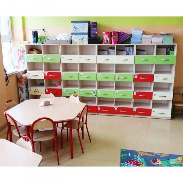 zestaw mebli przedszkolnych,meble przedszkolne,szafki przedszkolne,szafki do przedszkola