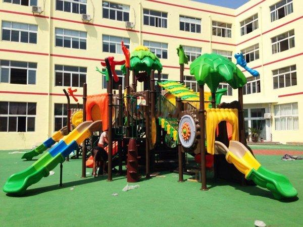 plac zabaw, plac zabaw do przedszkola, plac zabaw przedszkolny, place zabaw producent, place zabaw import, place dla dzieci, place zabaw do żłobka, plac zabaw