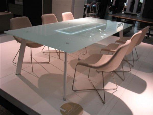 Stół Simplic z blatem białym szklanym i oświetleniem