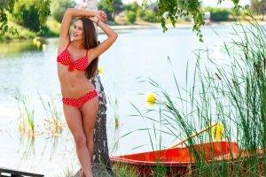 Kostium kąpielowy Betsy M-077k czerwony (białe groszki)