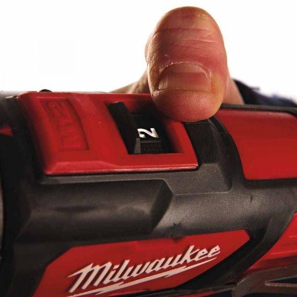 Wiertarko - wkrętarka udarowa Milwaukee M12 BPD-202C