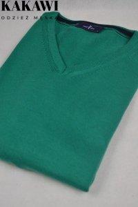Elegancki sweter w serek zielony