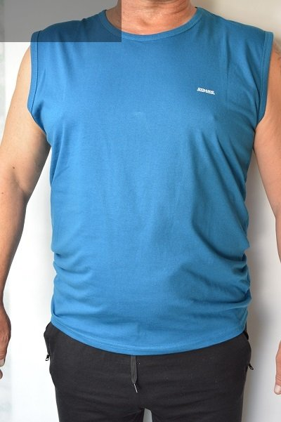 T-shirt bez rękawa turkusowy nadwymiar.