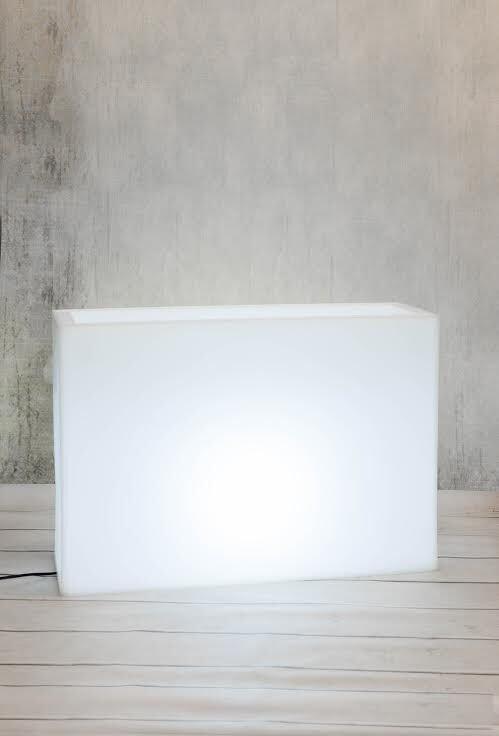 Biała donica prostokątna Longerino z oświetleniem