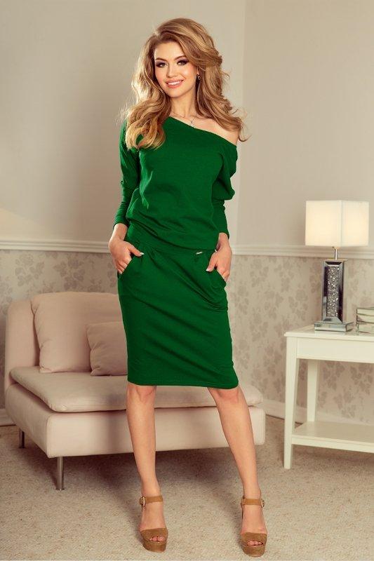 Sukienka dresowa z dekoltem na plecach - Zieleń Butelkowa - numoco - 189-3