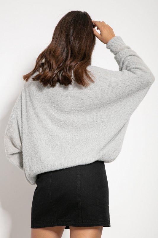 Luźny sweter z dekoltem F1066- fiolet -1