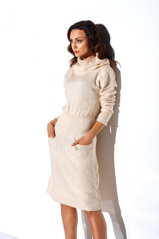 Sweterkowa sukienka z golfem i kieszeniami - StreetStyle LS257- beżowy-3