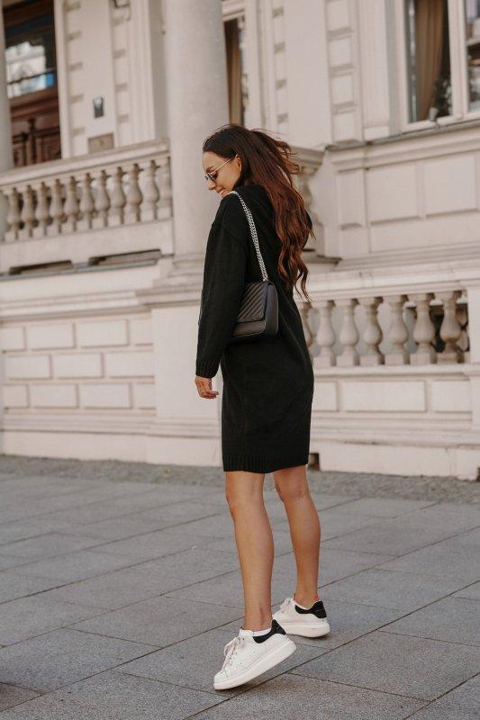 Swetrowa sukienka sportowa z kieszenią -  LSG132 - czarny-3