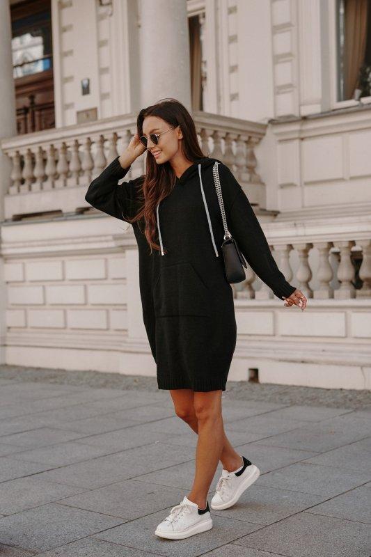 Swetrowa sukienka sportowa z kieszenią -  LSG132 - czarny-4