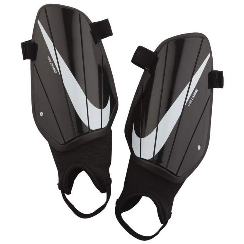 Nagolenniki Nike NK Charge GRD SP2164 010 czarny L