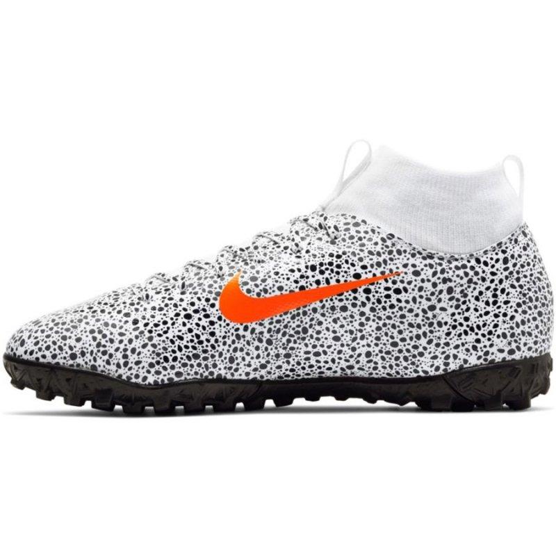 Buty Nike Jr. Mercurial Superfly 7 Academy CR7 TF CV3187 180 biały 38