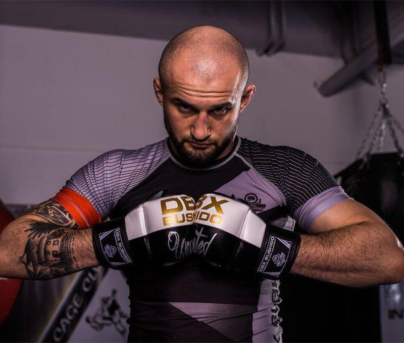Rękawice do treningu i sparingów  MMA , Krav Magi firmy DBX Bushido S/M