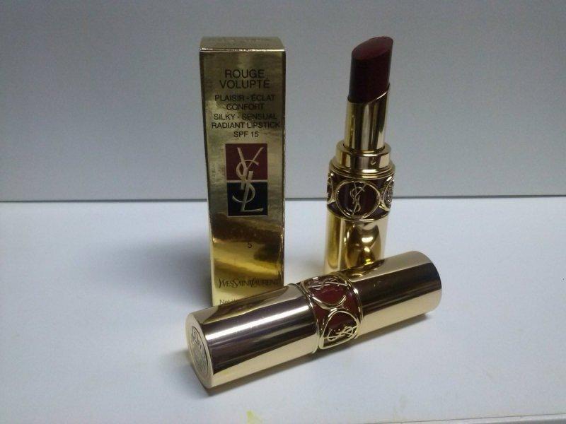 Yves Saint Laurent Rouge Volupte (Silky Sensual Radiant Lipstick SPF 15) - No. 05 Acajou Divin