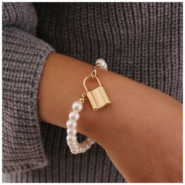 Bransoletka sztuczne perły z kłódką B492