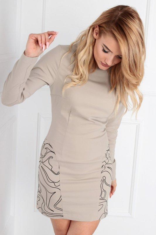 klasyczna sukienka o dopasowanym kroju
