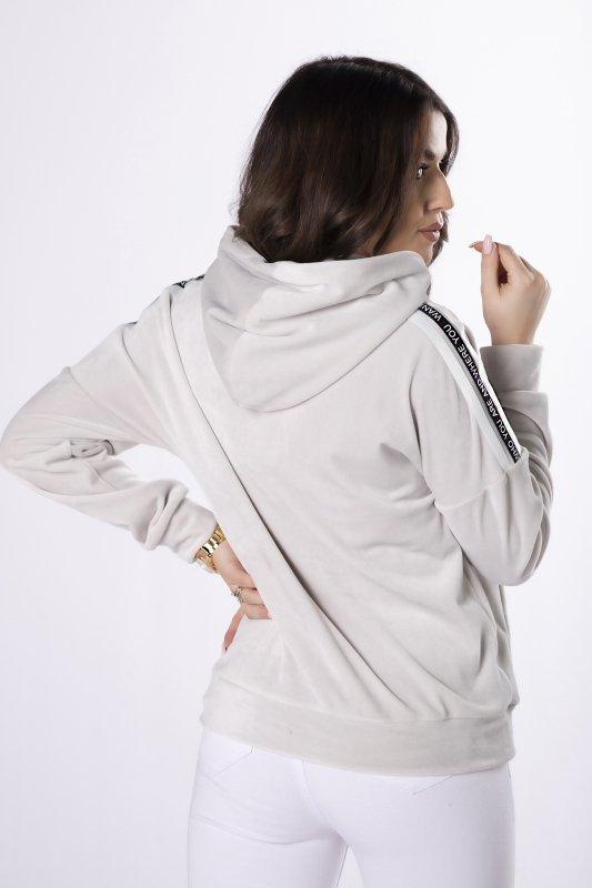 welurowa bluza z kapturem