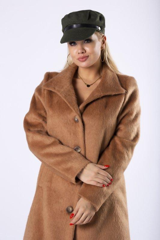 futerkowy płaszcz jednorzędowy