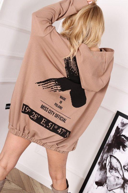 oversize'owa bluza z kapturem i nadrukiem na plecach