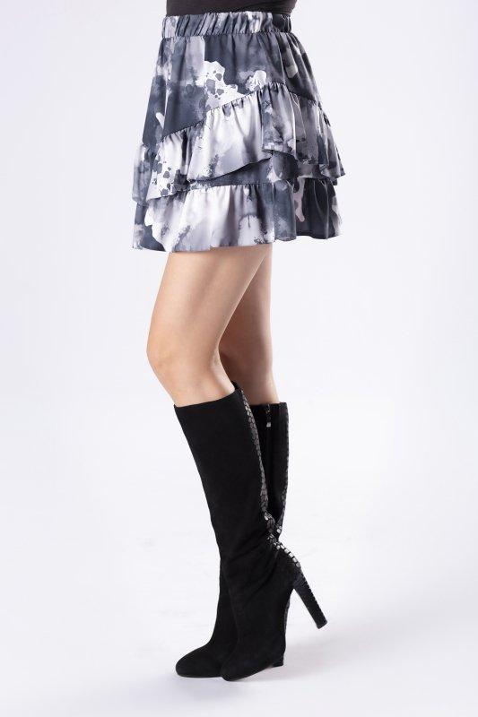 wzorzysta spódnica mini z falbanami