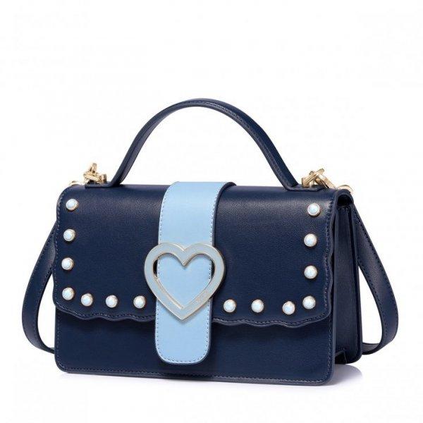 Kuferek niebieski z sercem