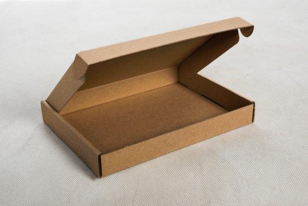 Karton-wykrojnikowy-235x155x30-mm-Fefco-427-Studioixpl
