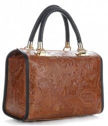 Elegantní kožený kufřík hnědá