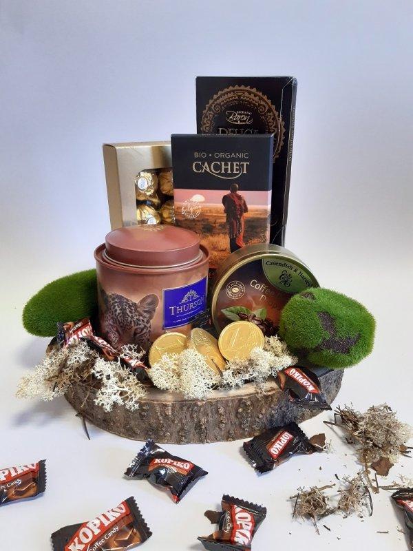 Zestaw prezentowy Ferrero z herbatą
