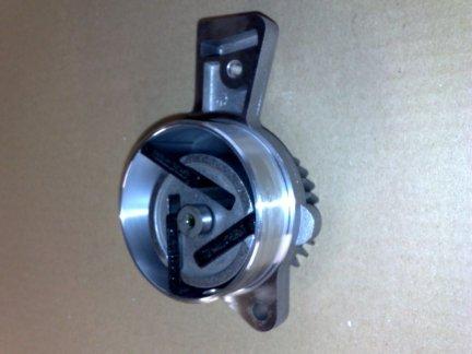 Pompa podciśnieniowa - vacuum 5066768AA Liberty 02-05 2,8 td