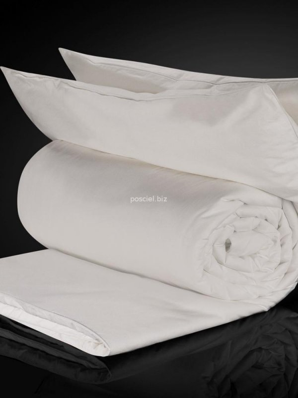 Kołdra jedwabna Malbery całoroczna w bawełnianym poszyciu 140x200