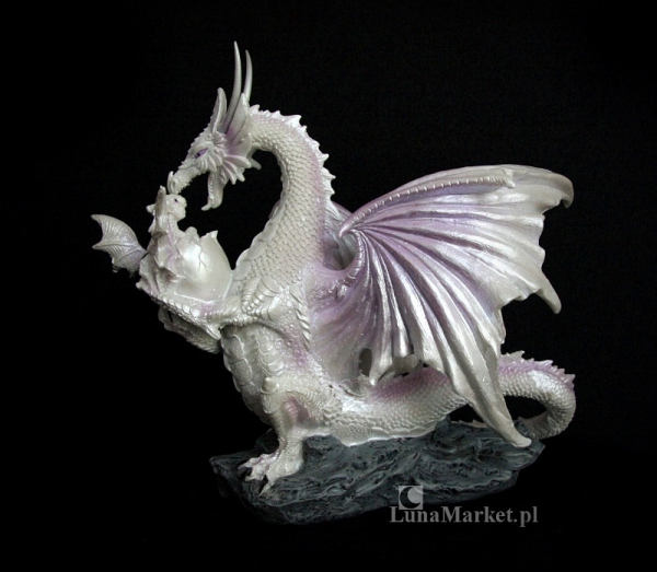 figurki w stylu fantasy - Śnieżna Biała Smoczyca ze Smoczątkiem
