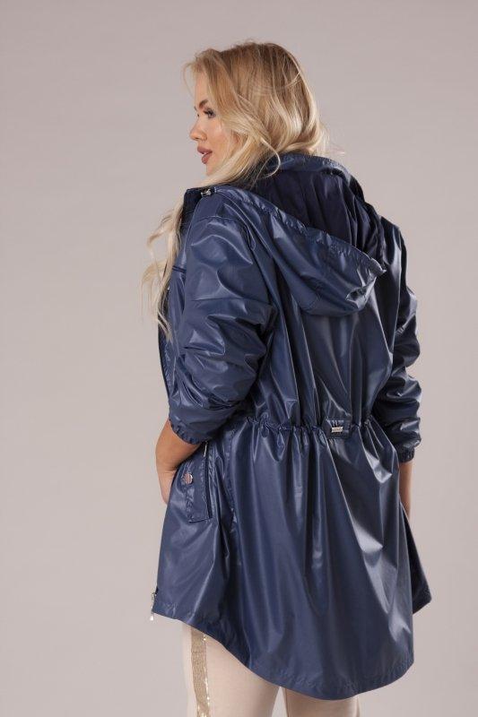 przeciwdeszczowa kurtka z kapturem