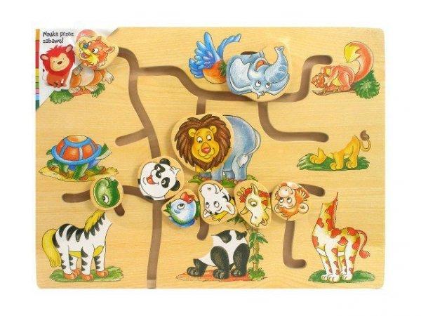 Drewniany labirynt ze zwierzątkami