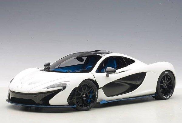 McLaren P1 2013 (matt white w/blue accents) (composite model/full openings)