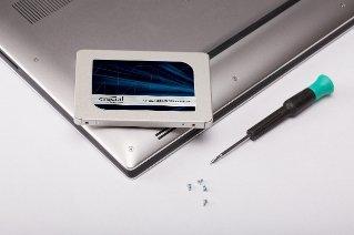 """Dysk Crucial CT250MX500SSD1 (250 GB ; 2.5""""; SATA III)"""