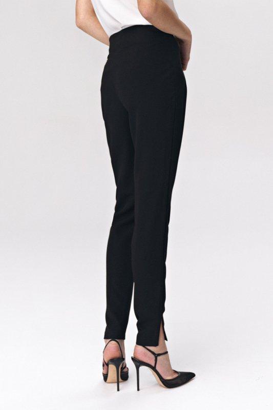 Czarne spodnie z zaszewkami SD41 Black - Nife