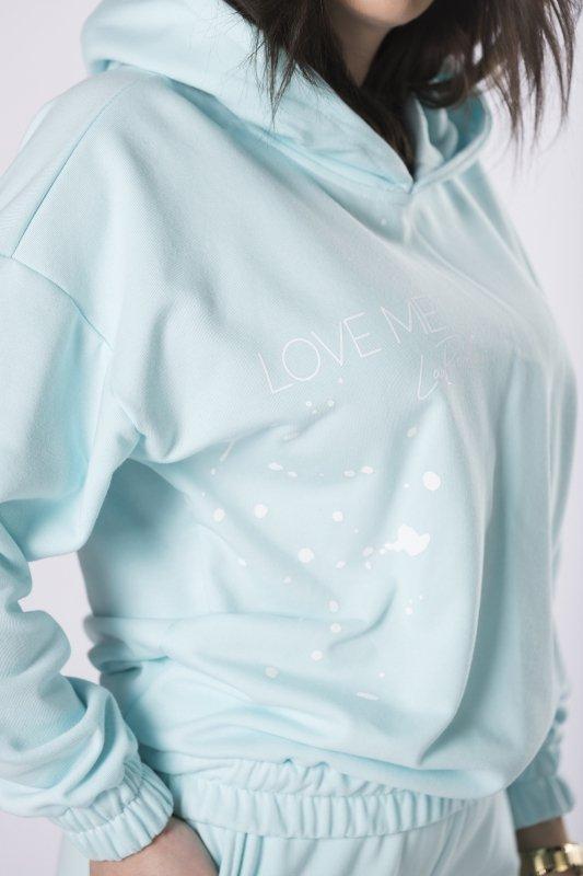 bawełniany dres z nadrukiem