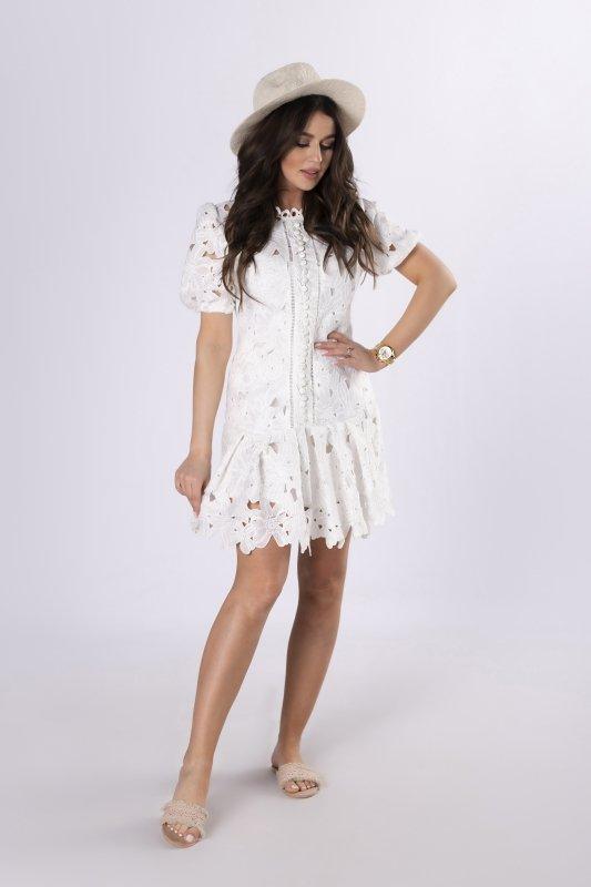 ażurowa sukienka z guzikami