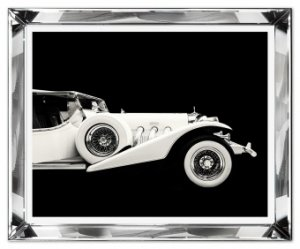 Reprodukcja w szklanej lustrzanej ramie samochód retro