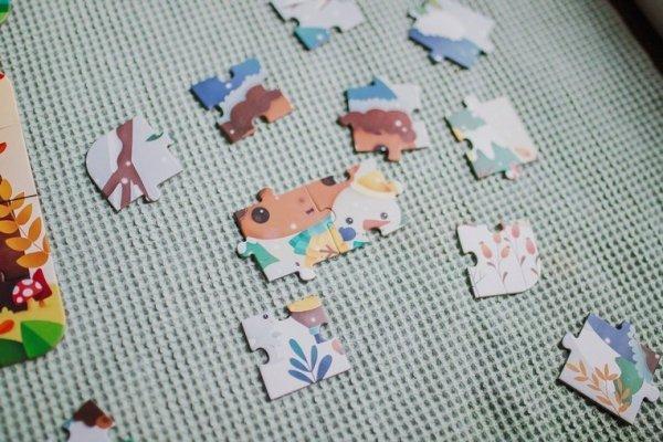 Puzzle progresywne w walizce Pory roku 4 układanki – 6, 9, 12 i 16 elementów