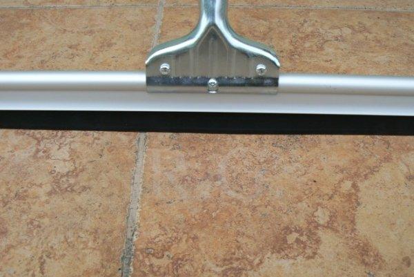 Wasserschieber Bodenreiniger mit Holzstiel 75cm